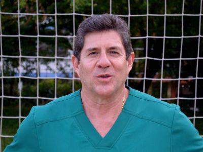"""DR Juan Carlos Niño: Jugando a ser Pediatra: """"El trabajo debe ser un hobbie"""""""